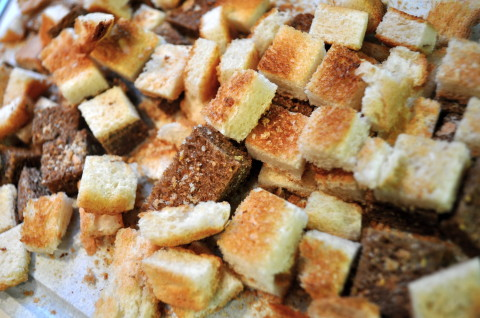 Bread Crumbs 2 simplesojourns.com