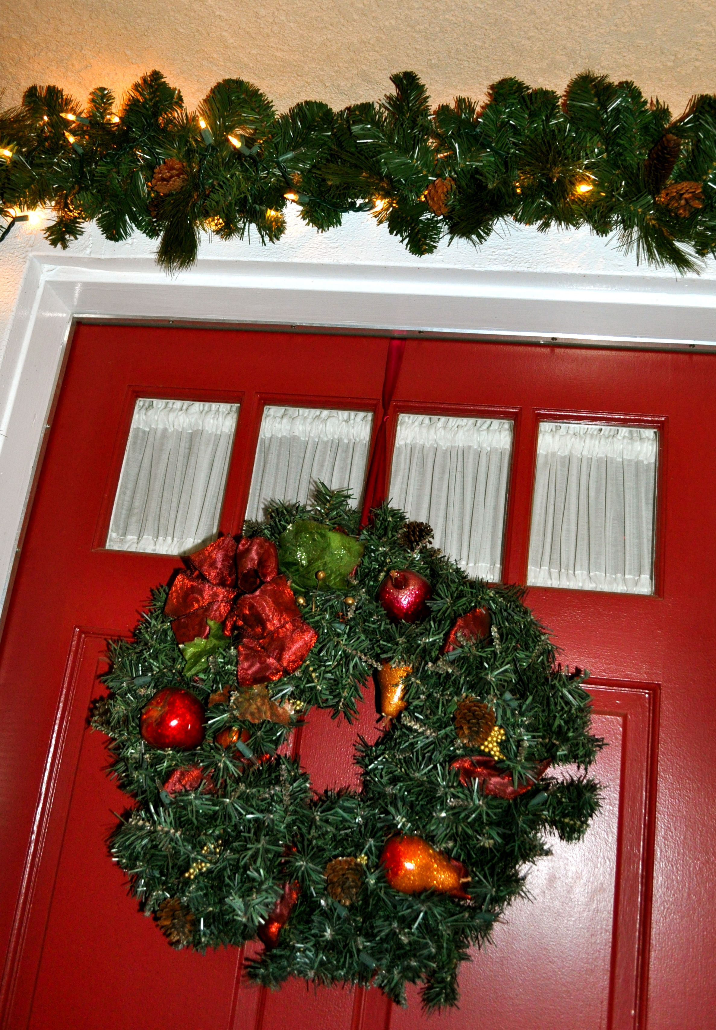 How to Hang a Door Wreath