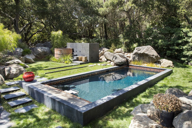 Secret Sanctuary Backyard Pool