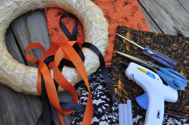 Halloween Wreath Supplies - Simple Sojourns